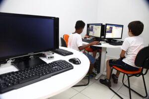 O Parquinho Tecnológico atende atualmente cerca de 800 alunos, do segundo ao nono ano, das escolas municipais Avelino da Paz Vieira e Colégio Santista, também localizadas na Vila Nova