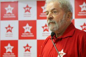 Ainda segundo petistas, Lula insistiu na tese de que existe um golpe para tirá-lo da disputa eleitoral