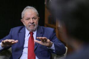 A prisão do ex-presidente Lula deve acontecer nas próximas horas