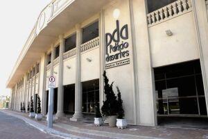 O Palácio das Artes está localizado na Avenida Presidente Costa e Silva, nº 1600