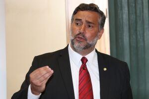 Paulo Pimenta foi proibido de visitar o ex-presidente Lula