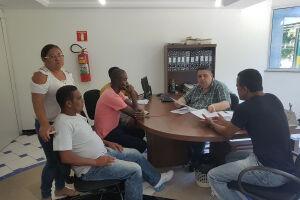 Procon Guarujá se reuniu com representantes da Associação dos Carrinhos de Fast Food das Praias de Guarujá