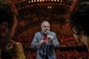 No julgamento de hoje, os 11 ministros que compõem a Corte devem entrar no mérito do pedido de Lula, o que não foi abordado no dia 22 de março