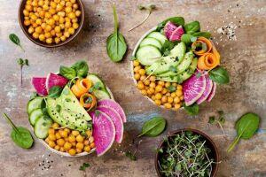 Geralmente a dieta vegetariana é menos calórica