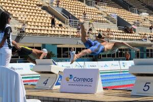 Unisanta classifica nove nadadores para as finais no terceiro dia do Troféu Brasil Maria Lenk