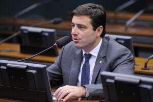 O deputado federal João Arruda (MDB-PR) encampou em seu relatório regra sob medida para beneficiar conglomerado de empresas controlado por seu sogro e sua mulher