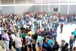 'O seguro cobre eventos realizados em espaços abertos, semiabertos e fechados'