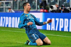 """Cristiano chega ao seu quarto clube na carreira com quatro prêmios da Bola de Ouro e dois """"The Best"""""""