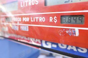 Desde outubro de 2016, a Petrobras altera os preços dos combustíveis de acordo com a variação das cotações internacionais e da taxa de câmbio