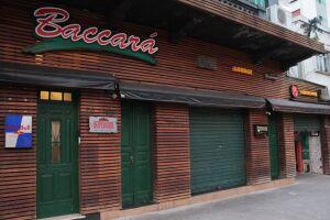 O bar e casa noturna Baccará foi intimado pela Prefeitura a encerrar suas atividades