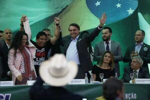 Bolsonaro ainda procura opções no meio militar para o posto