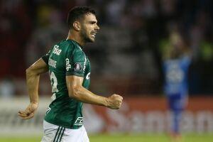 Bruno Henrique marcou dois gols na vitória do Palmeiras sobre o Atlético-MG