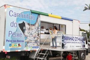 Moradores de Guarujá têm a chance de aproveitar a programação do Caminhão do Peixe