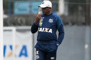 Serginho Chulapa comanda o Santos diante do Flamengo