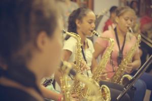 A apresentação da banda formada por 40 alunos está inserida na agenda cultural da cidade