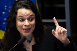 A professora e advogada Janaína Paschoal, cogitada para ser vice na chapa de Jair Bolsonaro (PSL)