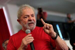 Lula está preso desde abril, após ter sido condenado em segunda instância no caso do tríplex de Guarujá (SP), e é pré-candidato do PT à Presidência da República