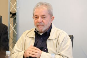 Lula está preso na Superintendência da Polícia Federal em Curitiba (PR)