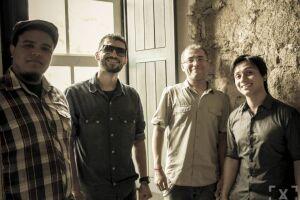 A banda guarujaense Maçã de Cesto se apresentará no festival