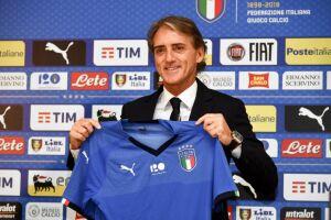 Mancini afirmou que o planejamento da Azzurra deverá ser feito passo a passo