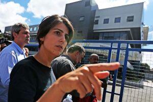 A pré-candidata do PC do B à Presidência da República, Manuela D'Ávila, afastou nesta segunda-feira (23) a possibilidade de sair da disputa