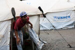 Imigrantes venezuelanos são abrigados em instalações provisórias em Boa Vista