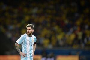 Aos 31 anos, Messi quer refletir sobre o futuro