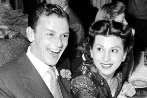 Nancy Barbato Sinatra, primeira mulher do cantor Frank Sinatra.