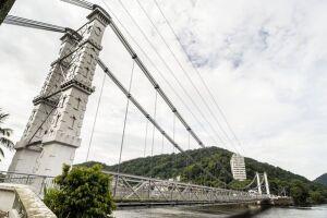 Os dois sentidos da Ponte Pênsil estarão liberados a partir desta terça (24)
