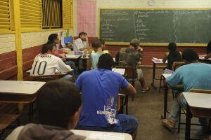 Quem está na lista deve comparecer à instituição de ensino e apresentar os documentos necessários