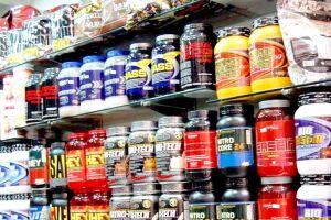 Suplementos alimentares, como cápsulas de vitaminas, ômega 3 e whey protein, vão ganhar novas regras no país