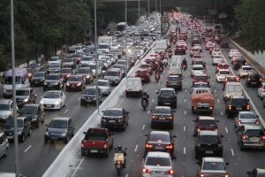 Os trabalhadores em duas rodas representaram 7,5% dos 118.310 acidentes registrados