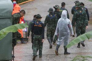 As cinco últimas pessoas foram resgatadas da caverna na província de Chiang Rai, na Tailândia, na manhã desta terça-feira (10), disse o governo tailandês