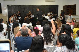 Casa da Cultura de Berioga tem ensaio aberto do curso de violão