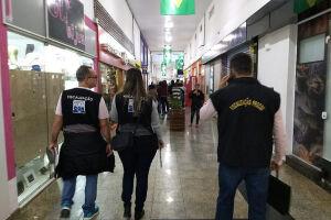 O Procon Guarujá tem percorrido os estabelecimentos de Guarujá e Vicente de Carvalho, para verificar possíveis abusos praticados ao consumidor
