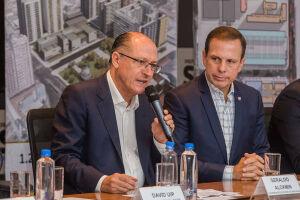 Alckmin e Doria se reúnem a portas fechadas na Igreja Mundial com Valdomiro e evangélicos