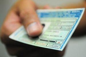Motoristas que perderam ou tiveram a Carteira Nacional de Habilitação (CNH) furtada/roubada, podem solicitar a 2ª via do documento de forma online