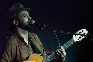 Último show do 'Quintas Musicais' de agosto traz a Mongaguá o músico Danilo Nunes