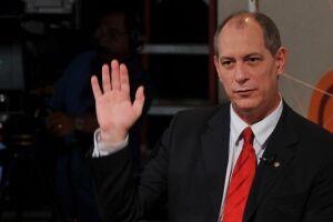 Ciro diz que Bolsonaro está com propostas que vão destruir a economia