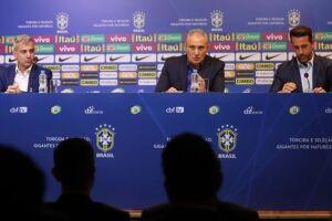 O treinador assumiu a seleção em 2016, depois da demissão de Dunga, mas não levou o Brasil ao título mundial