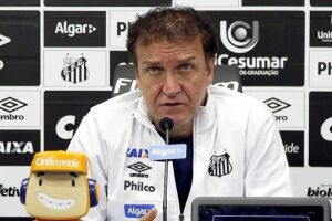 O técnico Cuca revelou que está incomodado com a possível fama de que não gosta de atleta estrangeiros