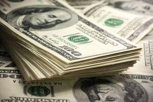 O dólar avançava 1,22% às 11h22, cotado a R$ 4,1628