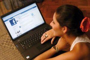 A página do Facebook saiu do ar na tarde desta sexta-feira (3)