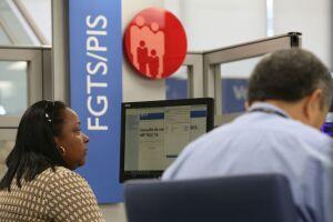 A previsão é de que todos os 90 milhões de trabalhadores beneficiados tenham os valores depositados em suas contas até o dia 31 de agosto