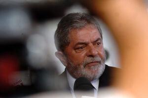 Os advogados de Lula, acusado por corrupção e lavagem de dinheiro, se apoiam em decisão da Segunda Turma do Supremo Tribunal Federal (STF)