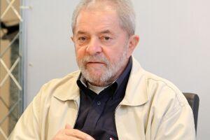 Lula está preso desde 7 de abril na sede da Superintendência da Polícia Federal (PF) em Curitiba