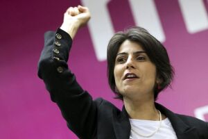 Manuela D'Ávila é vice na chapa petista