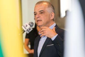 Márcio França (PSB), encaminhou na segunda-feira (20) à Alesp (Assembleia Legislativa de São Paulo) um projeto de lei que prevê indenizar usuários de trens da CPTM que sejam prejudicados por falhas graves do sistema