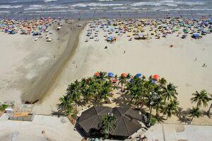 Praia Grande realiza mutirão de limpeza da orla