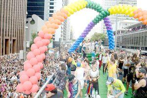 Em São Paulo (Capital), a Parada Gay já é responsável pela participação de mais de dois milhões de pessoas e movimenta a economia do entorno da Paulista